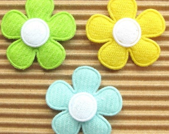 SET of 5 yellow white flowers 25mm embellishment applique