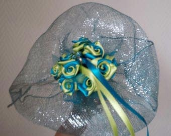 Wedding bouquet is lime and turquoise wedding ring