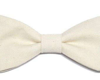White bowtie with straight edges