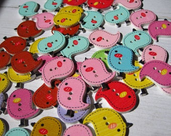 Set of 4 colorful bird wooden buttons