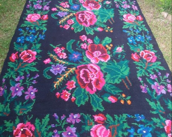 Bessarabian Kilim & area rugs. Vintage Moldovan Kilim, Rose kilim rug, handmade carpet. Vintage handwoven wool rug carpet. Ethnic style