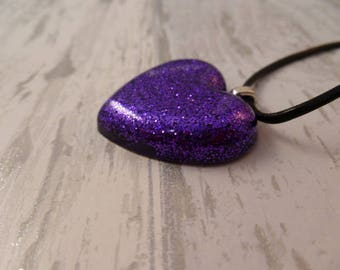 Heart Necklace. Resin Pendant. Love heart. Valentines Day. Mothers Day. Gift women. Resin Heart. Glitter. Purple Heart. Leather Cord.