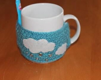 Tea Cup (mug sweater) wool clouds water drops