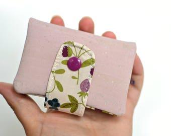 Petit portefeuille rose liège, porte-cartes liège Liberty, porte monnaie liège, accessoire vegan, accessoire liège, étui cartes de visite