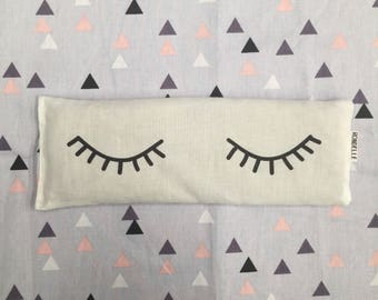 Sleepy Eyes Eye pillow filled with organic lavender and Australian brown rice / Soft geo backing fabric