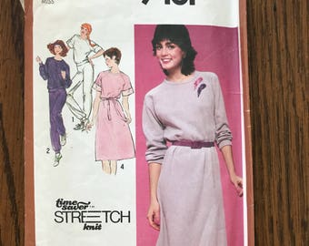 Simplicity 9481 Stretch Knit Pattern