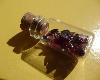 VIAL PENDANT FILLED WITH FUSCHIA DROPS AND SILVER