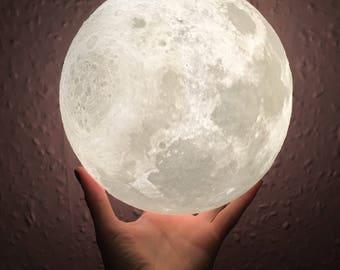 LUNA MOON LAMP - Medium 12/13cm - 3d printed Moon Lamp - rechargable lamp - led Light - Moon Light - Handmade Lamp - Space - Constellation