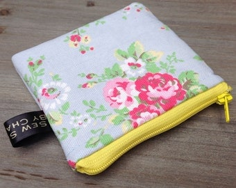 Small coin purse zip money purse in floral blue fabric student school