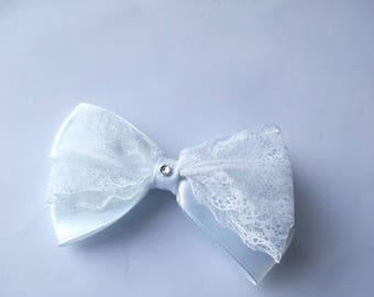 White lace hair bow