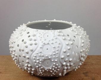 White Porcelain Sea Urchin Votive Holder, Ceramic Tea Light Holder, Minimalist House Decor, White Modern Pottery, Ceramic Urchin,