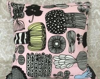 "Puutarhurin Parhaat pillow case, cushion cover, Pink, 40cm, 16"", from Marimekko fabric, Finland"