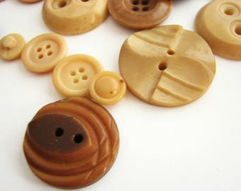 Vintage button lot with 20 tagua nut buttons, Assorted vintage buttons made of vegetable ivory