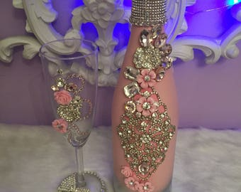 Dusty rose champagne set! ( one glass included in price)