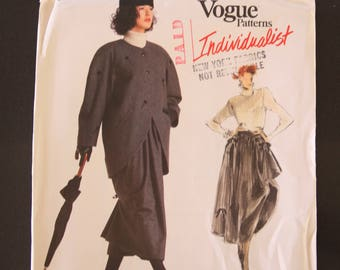 Vintage Vogue Individualist Sewing Pattern 1970, Betty Jackson design, Misses' jacket and skirt, size 12-14-16, Uncut, Factory folded