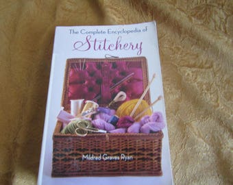The Complete Encyclopedia of Stitchery Mildred Graves Ryan