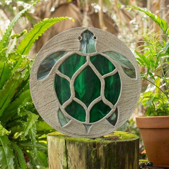 "Sea Turtle Stepping Stone, Large 18"" Diameter Made with Concrete and Stained Glass, Perfect for Your  Patio or Backyard Garden Path #787"