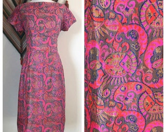Vintage Pink Silk Wiggle Dress. Vintage 1960's Modernist Print Silk Dress. Vintage Magenta Pink Modernist Pattern Dress. 60's Wiggle Dress.
