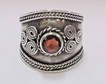 Vintage faceted Garnet bohemian sterling silver ring