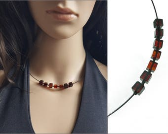 Elegant Brown Amber Choker Necklace, Baltic Amber Cube Necklace, Geometric Necklace, Amber Jewelry, Choker Wire Necklace