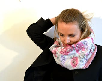 white snood with pink flower (103)
