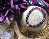 Bracelet améthyste, Hamsa Bracelet, Bracelet de pierres précieuses, Bracelet élastique, Bracelet en cristal, Bracelet à breloques, Bracelet, Stacking