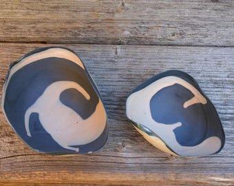 Flowing-candy porcelain bowls - set