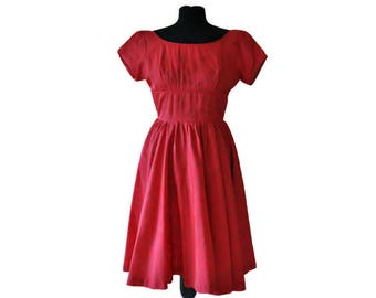 1950's Red Dress // Vintage Red and Gold Full Skirted Dress // Small