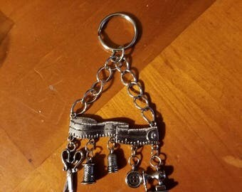 Sewing lovers keychain