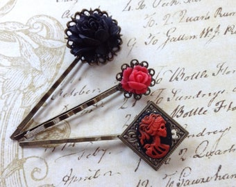 Clips Black And Red she Skull And Flower Bobby Pins