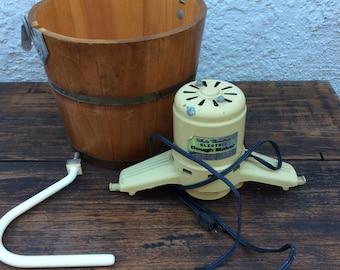 Vintage White mountain electric dough maker