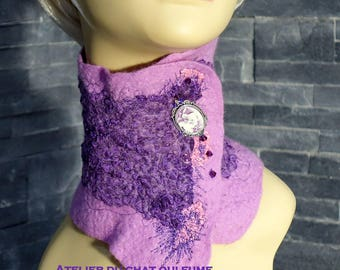 Neck, choker, felt snood nuno purple and violet lace and silk thread with butterfly cameo
