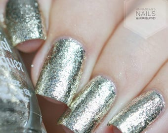 Mirror, Mirror - Full coverage platinum flake nail polish (11ml)