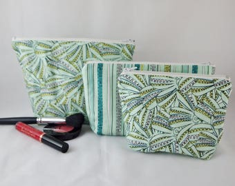 Green Make Up Bag, Zipper Pouch, Wash / Toiletry Bag, Makeup Pouch, Travel Set, Gift Set