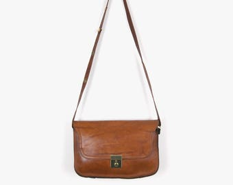 Vintage Leather Messenger Bag Purse in Cognac Light Brown | Briefcase and School look Cross Body Bag | Saddle Bag, Satchel Tote, Handbag