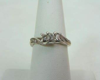 Vintage Estate Women's 10K White Gold, .59cts Diamond Ring, 2.9g E3353
