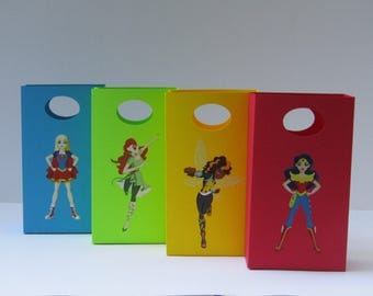12 Wonder Woman Party Favor Bag - Reserved to Alma