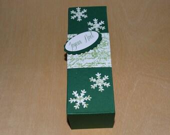 Green & white chocolate box