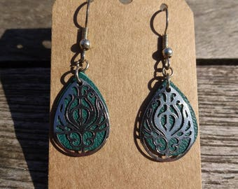 Turquoise green leather and silver filigree drop earrings