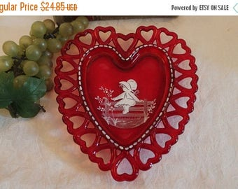 Summer Sun Sale Westmoreland Red Glass Heart Shaped Plate with Mary Gregory Style Painting in Excellent Condition!