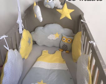 Round bed clouds in white cotton starry, grey and yellow with stars