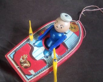 RARE 1952 Fisher Price Racing Rowboat #730