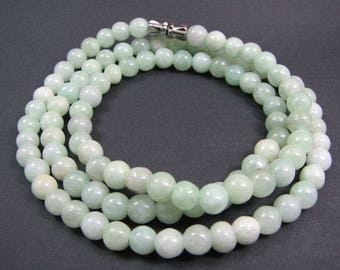 Certified grade A jadeite jade necklace. FREE SHIPPING.