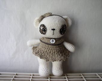 Little white amigurumi bear crochet