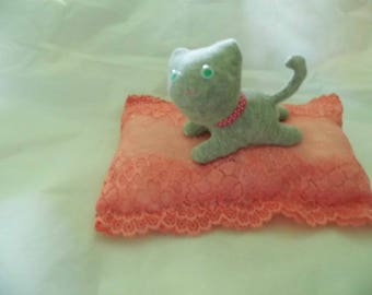 small cat sock on pillow lace