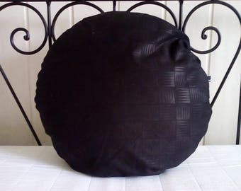 Black pillow, round cushion, cushion with filling, structured material, black, cotton, by stuudio