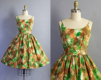 1950s Hawaiian Sundress/ 50s floral print cotton dress/ Extra Small (32b/24w)