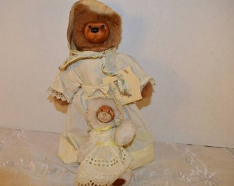 Raike's Bears Charlotte & Toby Vintage 1990 Limited Edition Mother's Day Raike's Bears Mother and Baby Original Tag Shabby Chic Bears