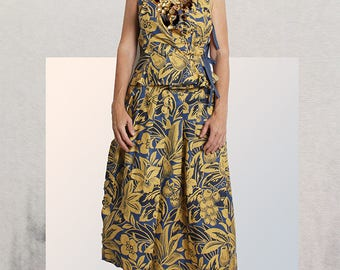 SKIRT 'long Tom H' in blue and yellow printed cotton with pleats