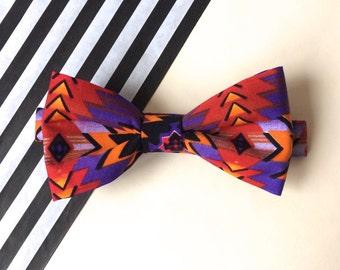 Arrow print bow tie